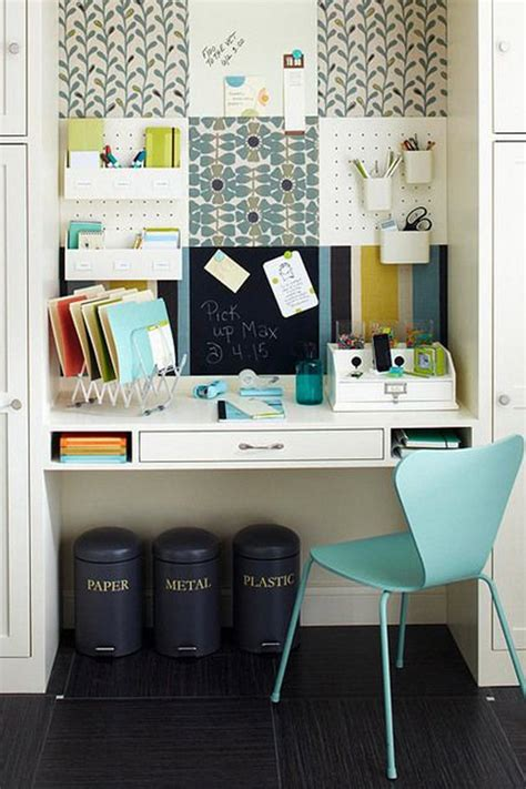 Desk Decoration by Ideas To Decorate Your Office Desk