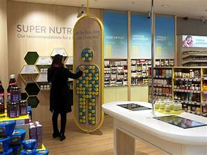 Visual Merchandising Einzelhandel : nutricentre by the yard creative london uk visit city lighting products https www ~ Markanthonyermac.com Haus und Dekorationen