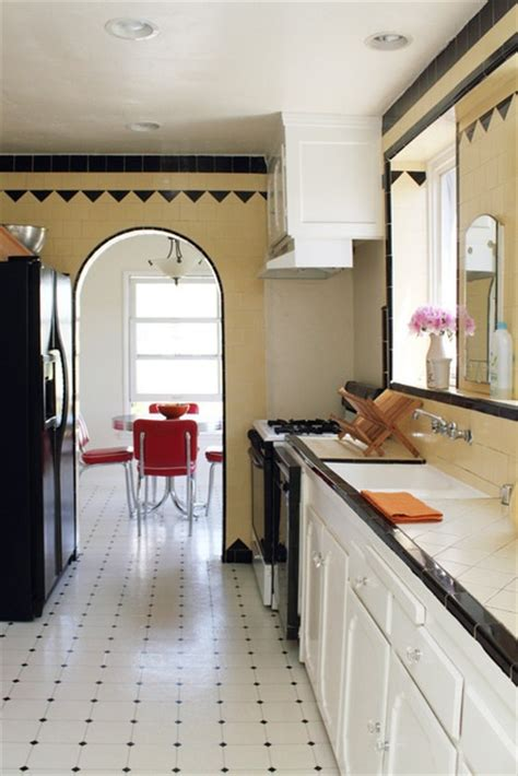 vintage galley kitchen 62 best 1930 s to 1950 s kitchen design images on 3196