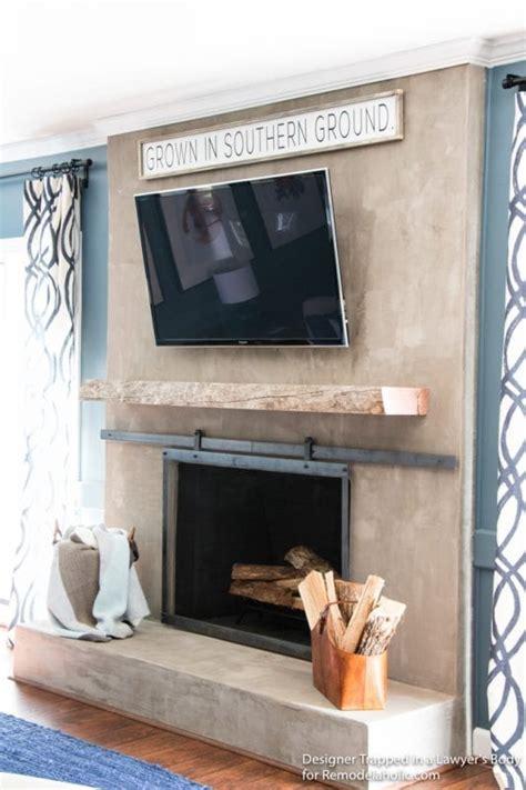 remodelaholic   install  wood mantel   masonry