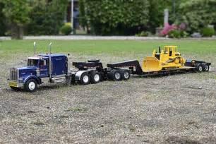 RC Remote Control Semi Trucks and Trailers