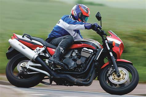 2000 Kawasaki Zrx 1100 by Used Test Kawasaki Zrx1100 Visordown