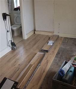 Laminat über Fliesen : laminat verlegen und warme f e bekommen ~ Sanjose-hotels-ca.com Haus und Dekorationen