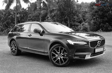 The Beautiful Volvo V90 Cross Country In Hd Images
