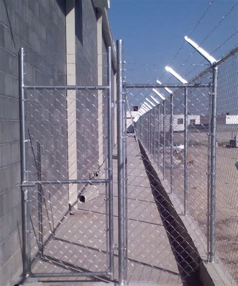 puertas y portones de malla ciclonica