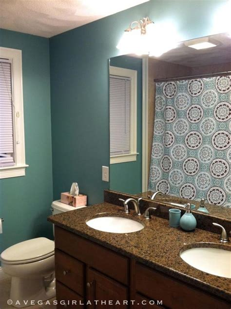1000 ideas about green bathroom paint room