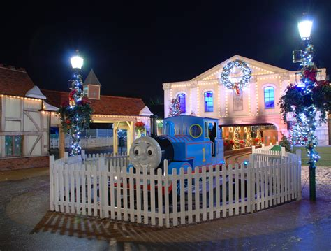magical christmas at drayton manor et speaks from home
