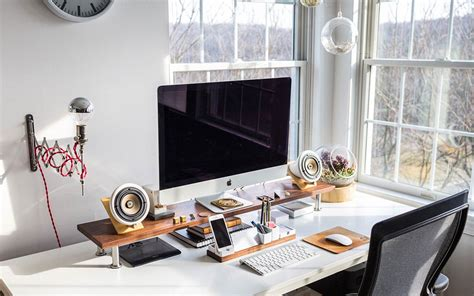 Your Office Desk by How To Decorate Your Desk The Gentlemanual A Handbook