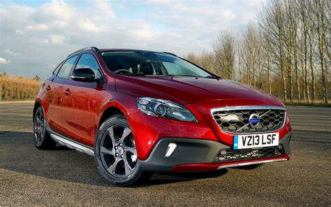 Volvo V40 Cross Country Hd Picture by Volvo V40 Cross Country 2012 Uk Wallpapers And Hd Images