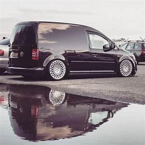 Volkswagen Caddy Van : the 25 best caddy van ideas on pinterest camper conversion van conversion life and van ~ Medecine-chirurgie-esthetiques.com Avis de Voitures