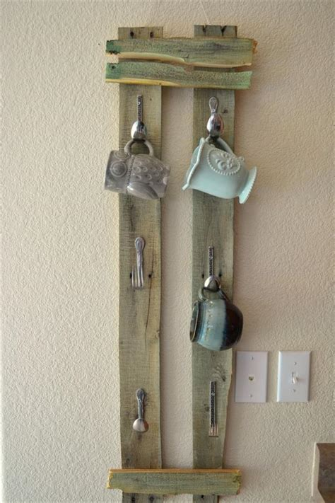 diy pallet mug rack  spoon hooks pallet furniture plans