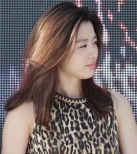 File:Jun Ji-hyun in 2012 01.jpg - Wikimedia Commons