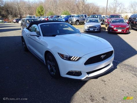 white ford mustang convertible 2016 oxford white ford mustang v6 convertible 109205827