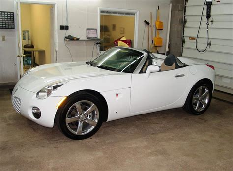 pontiac solstice car audio profile