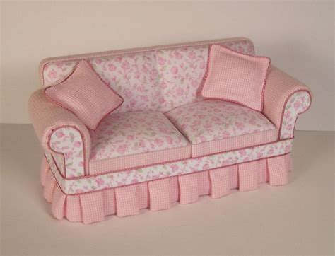 shabby chic discount furniture best 25 shabby chic couch ideas on pinterest shabby chic sofa shabby chic living room and