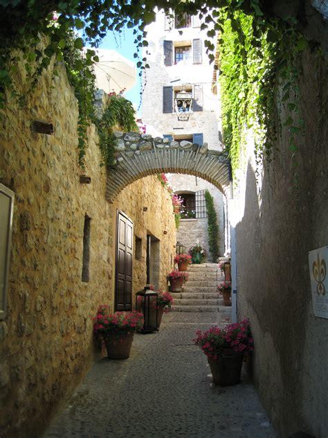 les vitrines de vence photo day les villages perch 233 s en provence part ii a