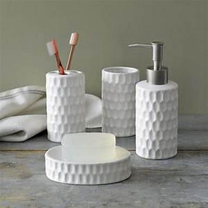 Accessoires Pour Salle De Bain : jolie salle de bain accessoires ~ Edinachiropracticcenter.com Idées de Décoration