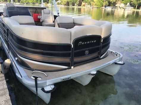 Used Pontoon Boats Premier by 2013 Used Premier Pontoons Grd Ent 260 Ptx Pontoon Boat