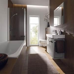 Welche Fliesen Für Kleines Bad : kleines schmales bad einrichten ~ Frokenaadalensverden.com Haus und Dekorationen