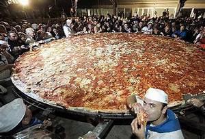 World's Biggest Pizza - General Talks - Pakistan's Largest ...