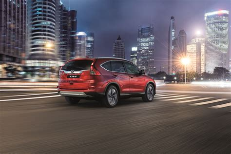 honda unveils facelifted cr  suv  europe