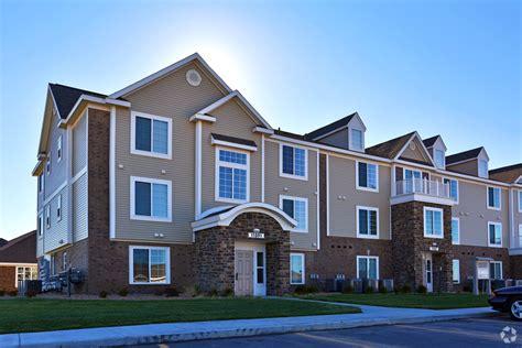 3 bedroom apartments wichita ks stoney pointe apartment homes rentals wichita ks