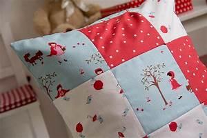 Kissenbezug Selber Nähen : kissen selbst gestalten simple kissen selbst gestalten ~ Lizthompson.info Haus und Dekorationen