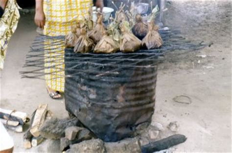 cuisine congolaise brazza liboke ou maboke symbole de la cuisine congolaise