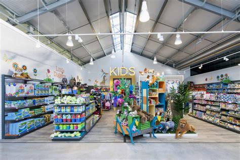 retail design wyevale garden center by dalziel