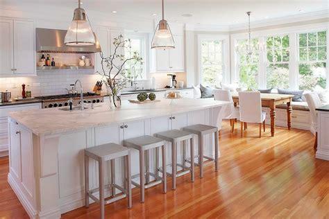 stunning white kitchen   corner sofa  smart