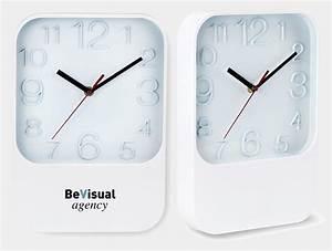 Horloge Murale Blanche : horloge murale publicitaire blanche popclock ~ Teatrodelosmanantiales.com Idées de Décoration