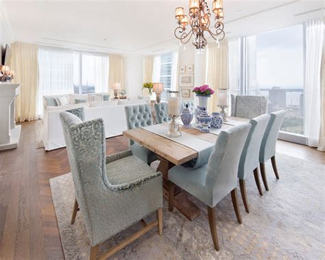 20 Transitional Dining Rooms With Carpeted Flooring