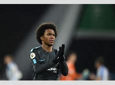 Chelsea man Willian admits dream to play for Barcelona or