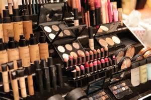 Make Up Shop Make Up