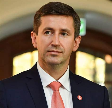 Vjačeslavs Dombrovskis: Nepieciešami izlēmīgi soļi epidēmijas efekta mazināšanai Latvijas ...