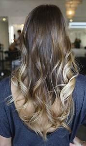 Mechas platinadas en cabello moreno Moda Top Online