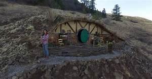 Off-Grid Hobbit House Micro-Community Grows In Washington
