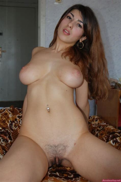 Beautiful Turkish Girl With Big Tits Posing Nude