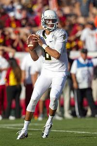 Oregon39s Marcus Mariota Talks Offensive Outlook Pac 12