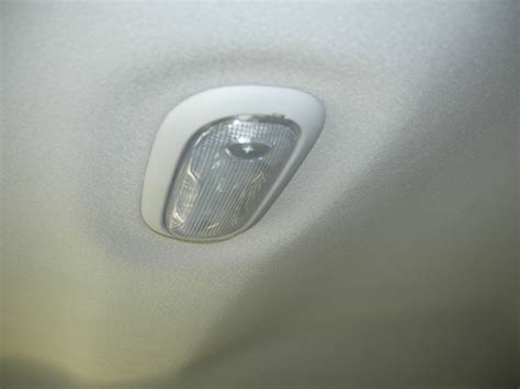 Dodge Ram Cabin Compartment Light Come Doors