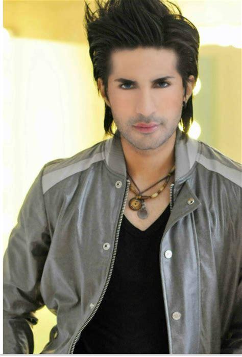 pakistani actors  wear makeup