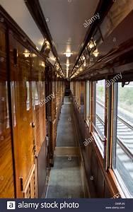 Orient Express Preise : venice simplon orient express train carriage interior corridor stock photo 57241149 alamy ~ Frokenaadalensverden.com Haus und Dekorationen