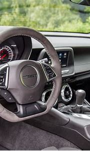 Review: 2019 Chevrolet Camaro Turbo 1LE   CAR