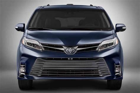 Toyota 2019 Toyota Sienna Hybrid Spy Shots  2019 Toyota