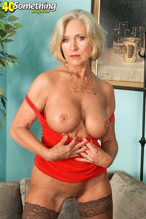 Whats Her Name Please Ladyhawke Katia 311681