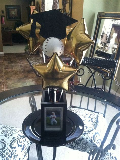 graduation table decorations for guys 17 best images about graduation balloon ideas on
