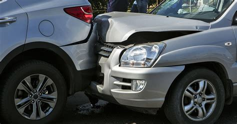 hire  lawyer   minor car accident  west