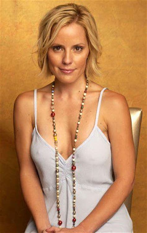 actress emma caulfield emma caulfield net worth celebrity sizes