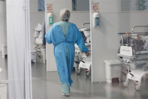 Curitiba registra 21 óbitos e 464 novos casos de Covid-19 ...