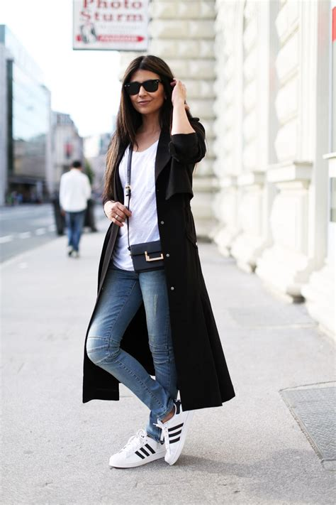 TheStyleShaker.com | WHAT TO WEAR TODAY | Pinterest | Trench Adidas and Adidas superstar